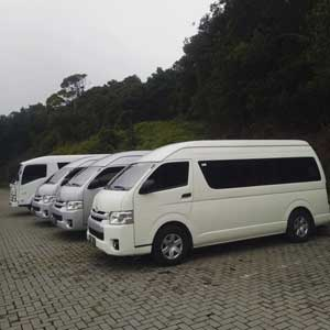 foto unit hiace commuter